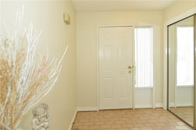 Detached at 75 Whitney Pl, Vaughan, Ontario. Image 12