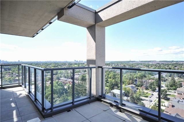 Condo Apartment at 9088 Yonge St, Unit Lph6, Richmond Hill, Ontario. Image 10