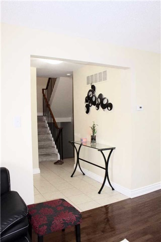 Condo Townhouse at 51 New Havens Way, Markham, Ontario. Image 14