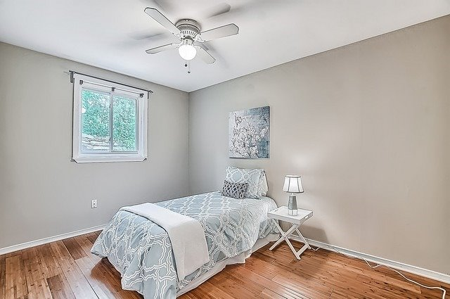 Semi-detached at 122 Longford Dr, Newmarket, Ontario. Image 10