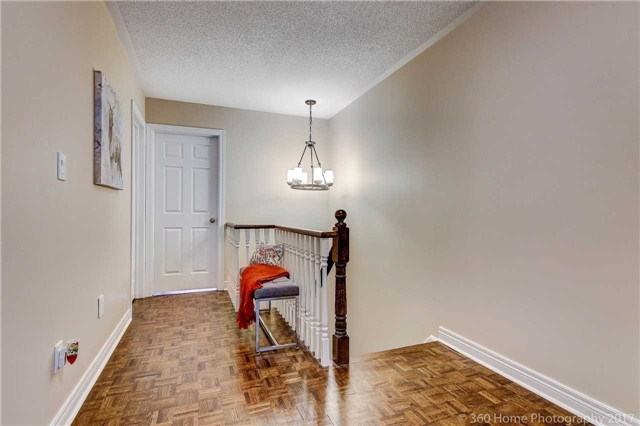 Semi-detached at 682 Napa Valley Ave, Vaughan, Ontario. Image 10