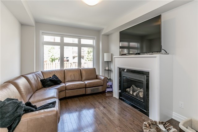 Link at 85 Robert Berry Cres, King, Ontario. Image 19