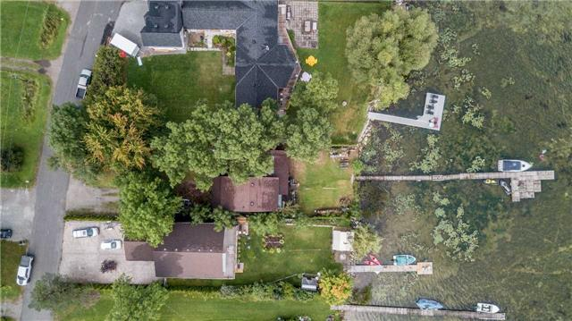 Detached at 419 Limerick St, Innisfil, Ontario. Image 3