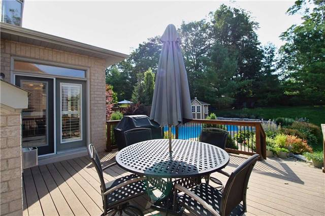 Detached at 1009 Nellie Little Cres, Newmarket, Ontario. Image 11