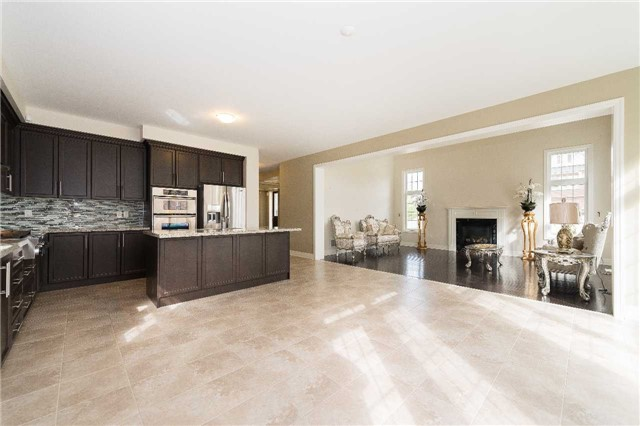 Detached at 1 Terryview Dr, King, Ontario. Image 3