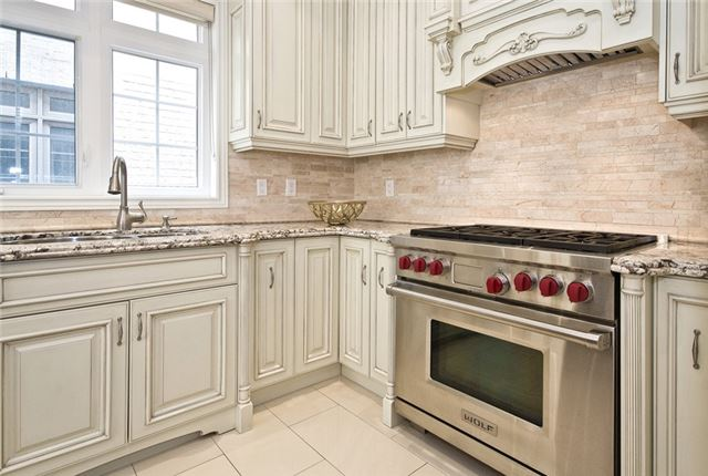 Detached at 81 Allison Ann Way, Vaughan, Ontario. Image 2