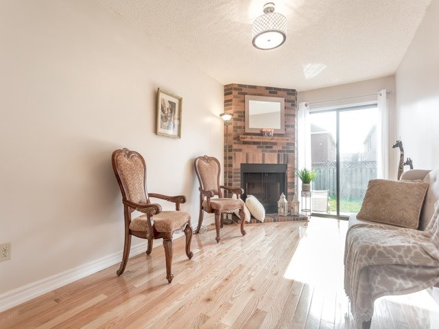 Link at 175 Stather Cres, Markham, Ontario. Image 17