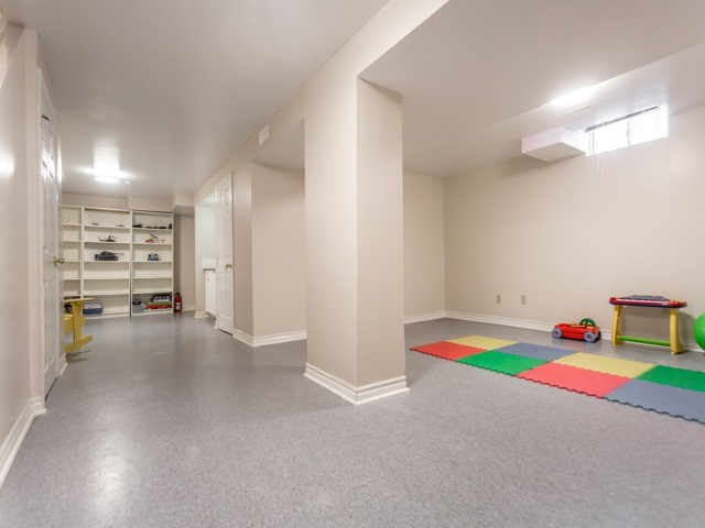 Link at 175 Stather Cres, Markham, Ontario. Image 9