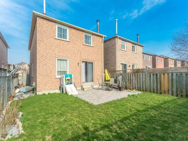 Link at 175 Stather Cres, Markham, Ontario. Image 13