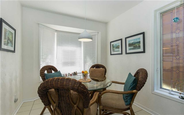 Condo Detached at 52 Riverview Rd, New Tecumseth, Ontario. Image 18