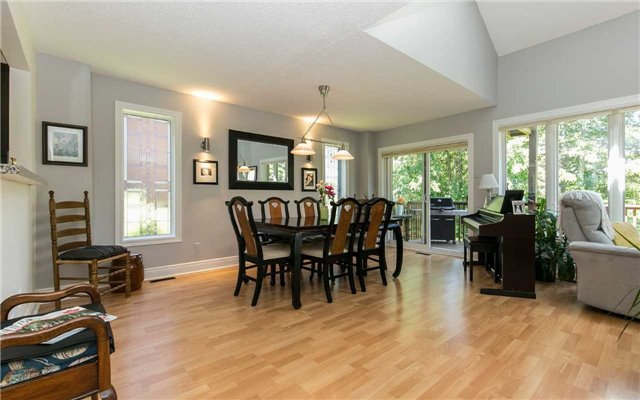 Condo Detached at 52 Riverview Rd, New Tecumseth, Ontario. Image 20