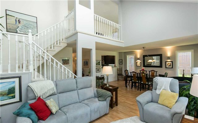 Condo Detached at 52 Riverview Rd, New Tecumseth, Ontario. Image 5
