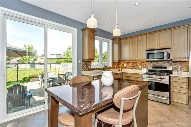 Detached at 178 Miltrose Cres, Whitchurch-Stouffville, Ontario. Image 15