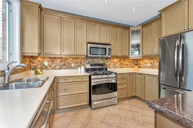 Detached at 178 Miltrose Cres, Whitchurch-Stouffville, Ontario. Image 16