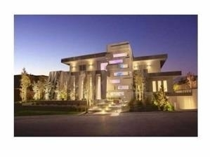 Detached at 5 Pennon Rd, Vaughan, Ontario. Image 1
