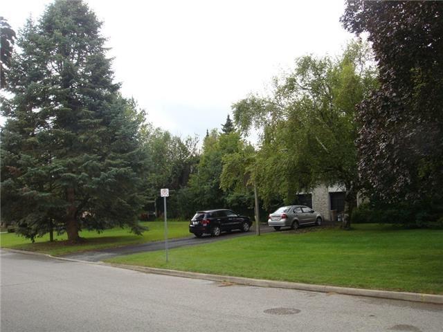 Detached at 6 Ladyslipper  Crt, Markham, Ontario. Image 2