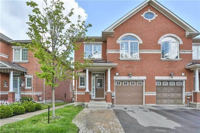Townhouse at 8 Townwood Dr, Unit 71, Richmond Hill, Ontario. Image 1