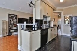 Townhouse at 8 Townwood Dr, Unit 71, Richmond Hill, Ontario. Image 13