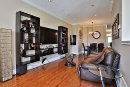 Townhouse at 8 Townwood Dr, Unit 71, Richmond Hill, Ontario. Image 4