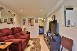 Townhouse at 8 Townwood Dr, Unit 71, Richmond Hill, Ontario. Image 11