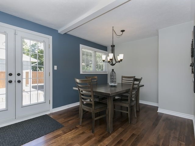 Detached at 6 Glendale Ave, Essa, Ontario. Image 4