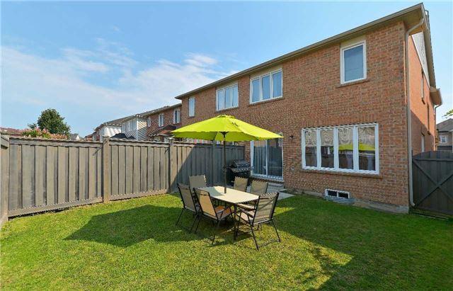 Semi-detached at 31 Hiram Johnson Rd, Whitchurch-Stouffville, Ontario. Image 10