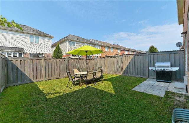 Semi-detached at 31 Hiram Johnson Rd, Whitchurch-Stouffville, Ontario. Image 11