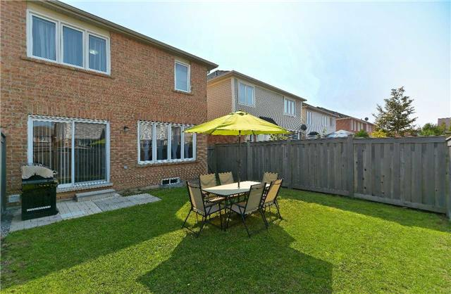 Semi-detached at 31 Hiram Johnson Rd, Whitchurch-Stouffville, Ontario. Image 13