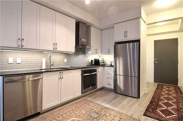 Condo Apartment at 9608 Yonge St, Unit 1603, Richmond Hill, Ontario. Image 15
