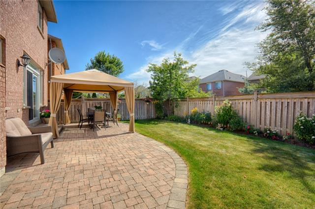 Detached at 72 Staynor Cres, Markham, Ontario. Image 13