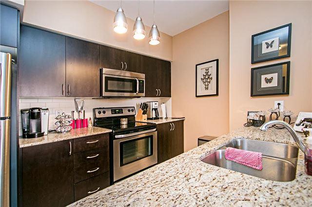 Condo Apartment at 75 King William Cres, Unit 104, Richmond Hill, Ontario. Image 12