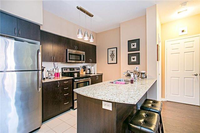 Condo Apartment at 75 King William Cres, Unit 104, Richmond Hill, Ontario. Image 14