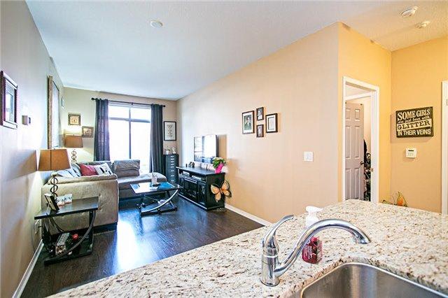 Condo Apartment at 75 King William Cres, Unit 104, Richmond Hill, Ontario. Image 16