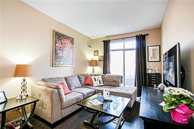 Condo Apartment at 75 King William Cres, Unit 104, Richmond Hill, Ontario. Image 17