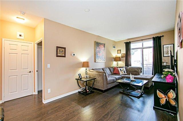 Condo Apartment at 75 King William Cres, Unit 104, Richmond Hill, Ontario. Image 18