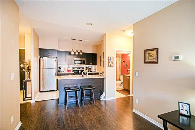 Condo Apartment at 75 King William Cres, Unit 104, Richmond Hill, Ontario. Image 19