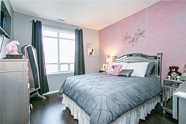Condo Apartment at 75 King William Cres, Unit 104, Richmond Hill, Ontario. Image 2