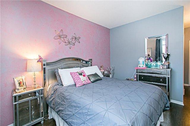 Condo Apartment at 75 King William Cres, Unit 104, Richmond Hill, Ontario. Image 3