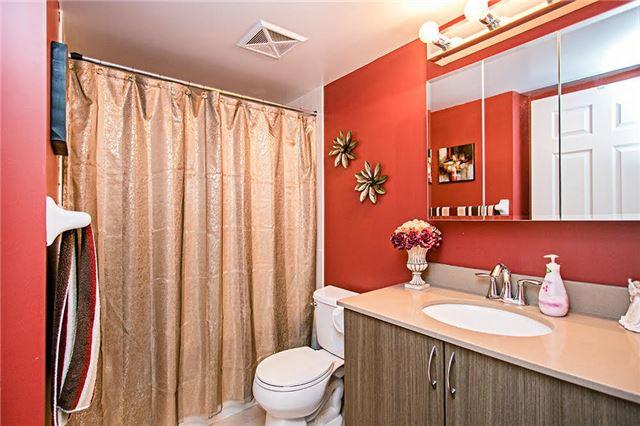 Condo Apartment at 75 King William Cres, Unit 104, Richmond Hill, Ontario. Image 6