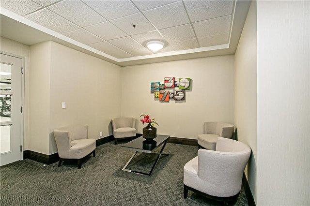 Condo Apartment at 75 King William Cres, Unit 104, Richmond Hill, Ontario. Image 9