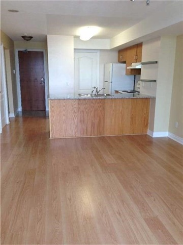 Condo Apartment at 50 Disera Dr, Unit 709, Vaughan, Ontario. Image 5