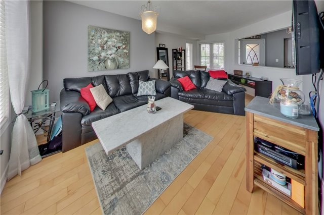 Detached at 1181 Booth Ave, Innisfil, Ontario. Image 20