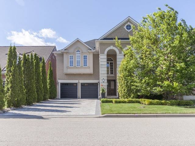 Detached at 91 Dinsdale Dr, Vaughan, Ontario. Image 1