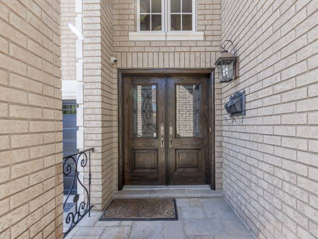 Detached at 91 Dinsdale Dr, Vaughan, Ontario. Image 12