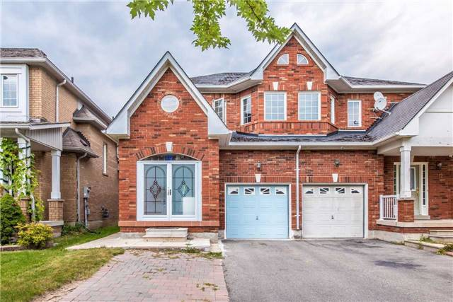 Semi-detached at 10 Boxhill Rd, Markham, Ontario. Image 1