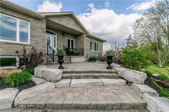 Detached at 6814 7th Line, New Tecumseth, Ontario. Image 1