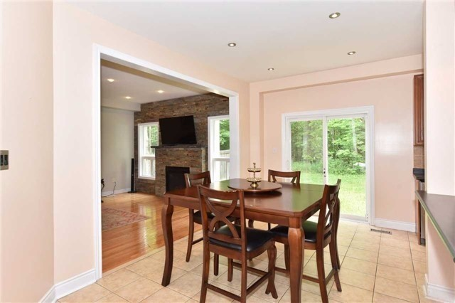 Detached at 61 Maroon Dr, Richmond Hill, Ontario. Image 20