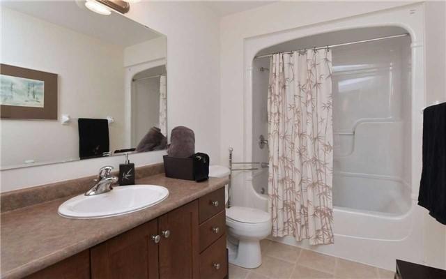 Condo Apartment at 78 Sunset Blvd, Unit 210, New Tecumseth, Ontario. Image 6