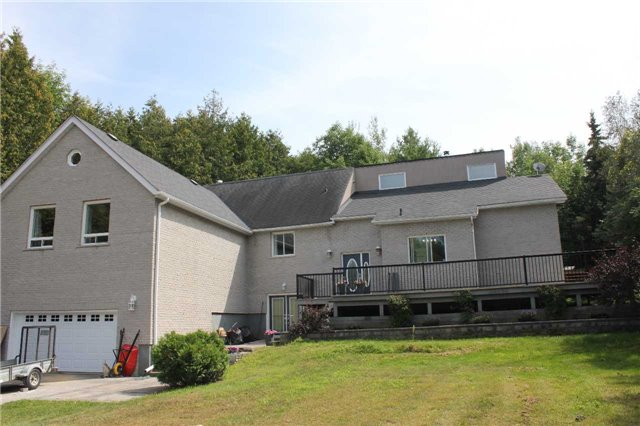 Detached at 3209 5th Line, Innisfil, Ontario. Image 1