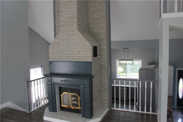 Detached at 3209 5th Line, Innisfil, Ontario. Image 12